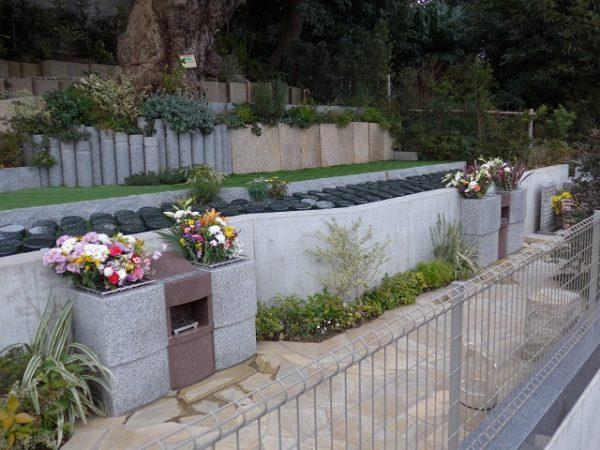 谷中樹陵 久遠に献花台を増設しましたのイメージ画像